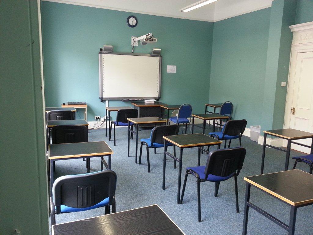 Toeic Test Room 1 (new) angle c